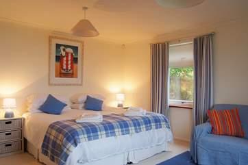 Bedroom 3 (lower ground floor) has 'zip and link' (double or twin) beds.