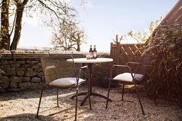 The terrace offers a little space for relaxing either with a good book or a bottle for two, you can find it through the little gate on the right next to the garden for Pebble Cottage.