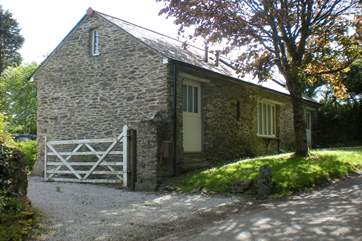 The cottages can be gated off from the lane.