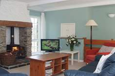 Crugsillick Court - Holiday Cottage - 5.4 miles NE of St Mawes
