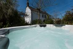 The Withy - Holiday Cottage - 2.6 miles SE of Helford