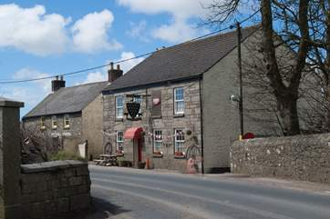The New Inn pub is a few minutes' drive from the cottage or a 15-20 minute walk downhill on the way there, depending on your pace!