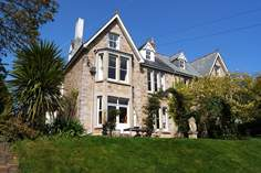 Riverside - Holiday Cottage - 2.5 miles SE of St Ives