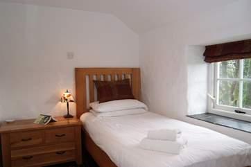 The single bedroom (Bedroom 3).