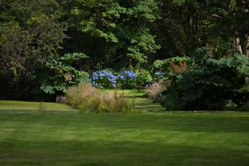 The grounds are stunning, with 5 acres to explore you will have plenty to do.