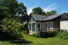 Snuggledown - Holiday Cottage - 4.9 miles NW of Fowey