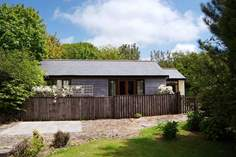 Moonstone - Holiday Cottage - 3.7 miles SE of Clovelly