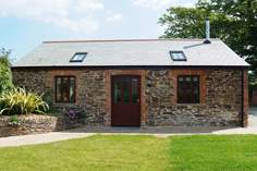 Two Whitawoo - Holiday Cottage - 4.5 miles S of Padstow