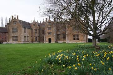 The National Trust's Barrington Court is on the doorstep, within walking distance through the beautiful village.