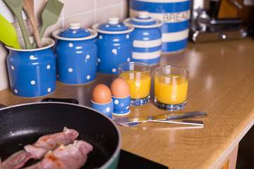 Treat yourselves to a hearty breakfast and then set out on foot to wander through this gorgeous village and through the National Trusts Barrington Estate.