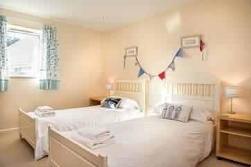 The pretty twin bedroom
