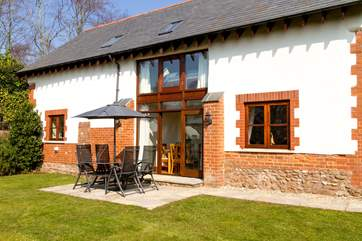 The back of the cottage is a real sun-trap even in the spring and autumn. The garden is fully enclosed so is ideal for families with small children.
