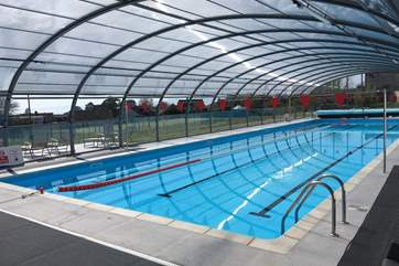 The 25 metre heated pool at nearby Cranford Sports Club in Exmouth. Enjoy a complimentary one-day guest membership, which includes use of the pool, fully equipped gym, badminton, tennis courts and sau