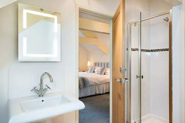 and of course, bedroom 2 also has it's own en-suite shower room