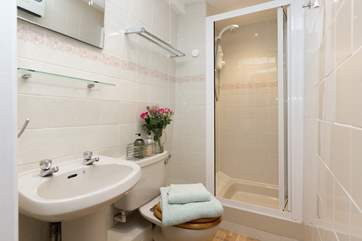 This is the shower-room which is next to the twin bedroom.