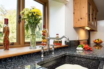 Gorgeous granite work surfaces and sink
