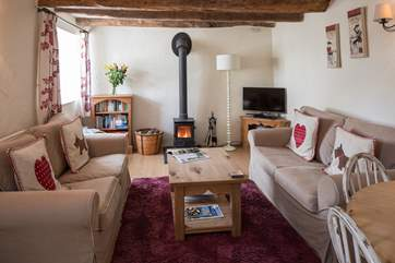 With the wood-burning stove this cottage is a great choice all year round.