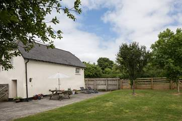 Oodles of space at your disposal in this lovingly maintained garden.