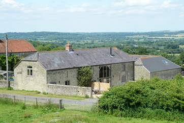 This view shows Dairyman's Cottage (2094) and Hatts Barn in their fabulous rural setting.