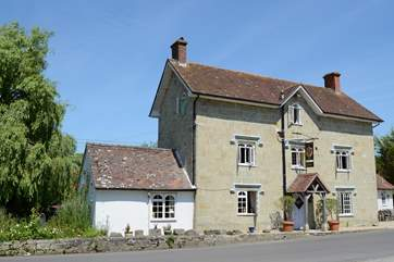 The Benett Arms at Semley, a traditional 16th Century Inn and freehouse, is a short drive away.