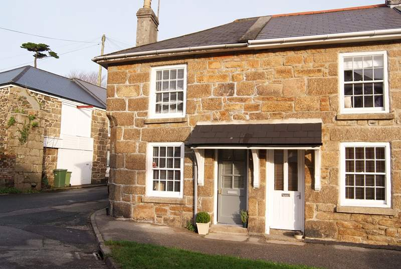 Bumble Bee Cottage is set on a bustling square on the outskirts of Penzance.