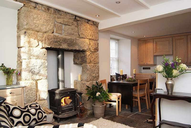A wood-burner to keep you cosy on coller evenings.