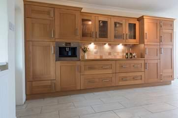 Plenty of storage space in the kitchen.