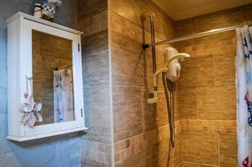 The shower-room.
