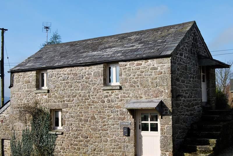 The front of Roseney Barn.