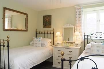The delightful twin bedroom (Bedroom 2).