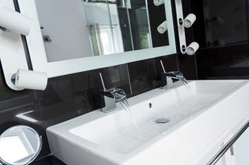 The his and hers wash-basin in the double bedroom.