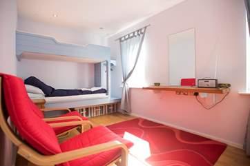 The ground floor bedroom.