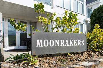 Seahorses is a ground floor apartment in Moonrakers.