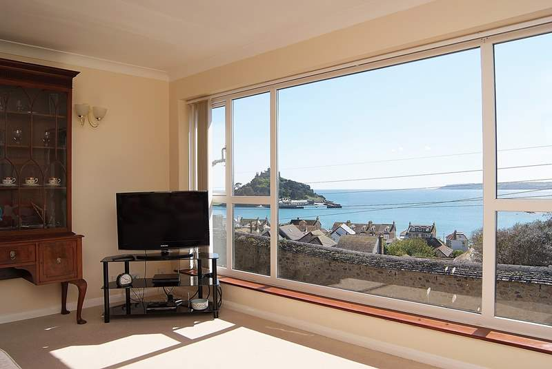 Stunning sea views from the sitting-room.