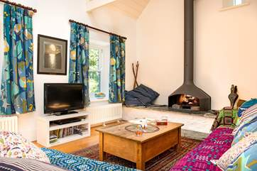 The fabulous wood-burner makes this a great retreat all year round.