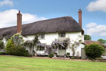 Legars Cottage is a beautifully restored period cottage in a very peaceful rural setting ( with a wonderful Michelin rated pub a stroll away ! )