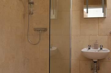 The annexe bedroom's en suite wet-room.