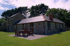 Treboast Skyber - Holiday Cottage - 5.3 miles NW of Falmouth