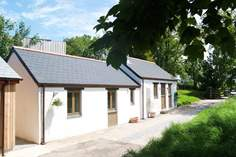 Kernel's Barn - Holiday Cottage - 2.3 miles E of Portreath