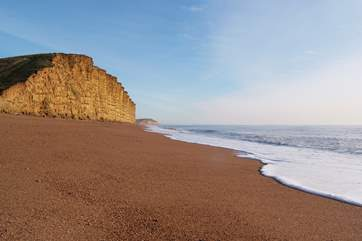 Explore the Jurassic Coast a little further afield into Dorset - within easy reach of Birch House Studio.