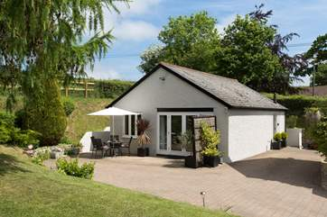 Birch House Studio is in a peaceful sheltered position with the beautiful Blackdown Hills on the doorstep.