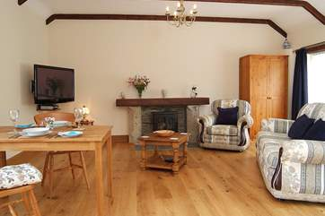 Oak-flooring with under-floor heating ensures you are warm whatever the weather.