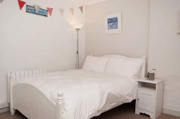 The double bedroom (Bedroom 2).
