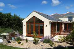 Kernow Atelier - Holiday Cottage - 1.6 miles SE of Polzeath