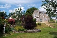Crislands Wendy House - Holiday Cottage - 7.4 miles NE of Honiton