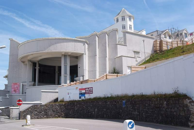 The Tate Gallery at St Ives is two miles away.
