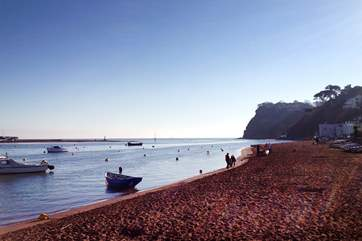 A late winter afternoon on Shaldon beach.