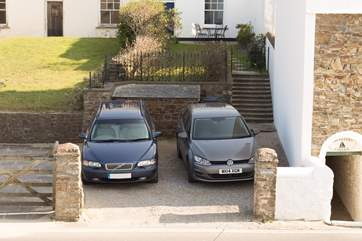 Most guests park at the seaward face of the house, on Marine Parade, where there is parking for two cars side by side as in this photograph.