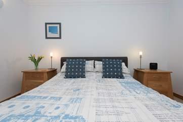 Bedroom 1 has a 5' bed.