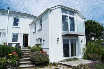 Chycoose is a beautiful period property set on the banks of the creek.